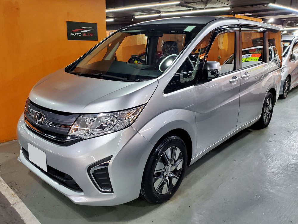 2017 Honda Stepwgn